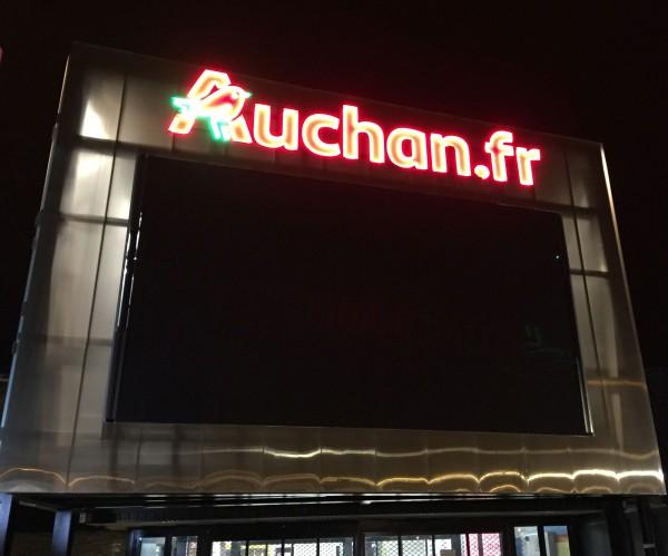 Enseigne lettre baignoire avec contour led Auchan.fr