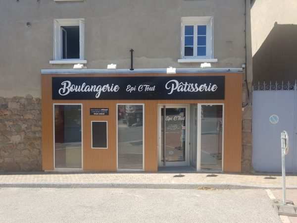 Habillage de façade – EPI C TOUT à Haute Rivoire