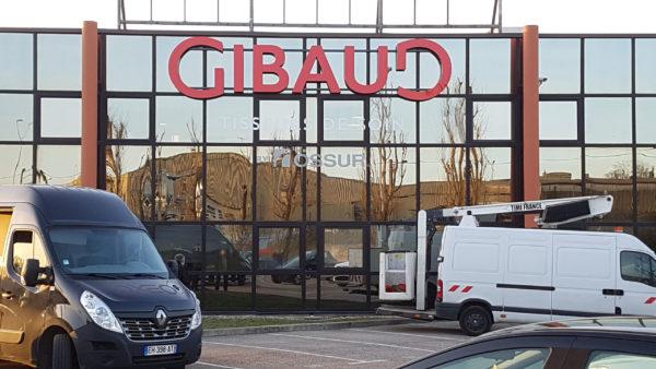 Enseignes en lettre boitiers lumineuses – GIBAUD à St Etienne
