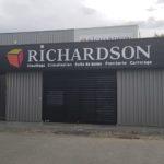 Lettre PVC découpée à la forme – RICHARDSON à Andrézieux-Bouthéon (42)