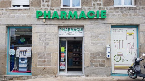 Enseigne en lettres boitiers – PHARMACIE DU BOIS MONZIL à Villars
